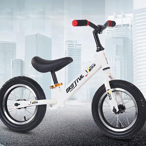 悠拓者儿童平衡车YT-C02B001  适用于1-6岁宝宝